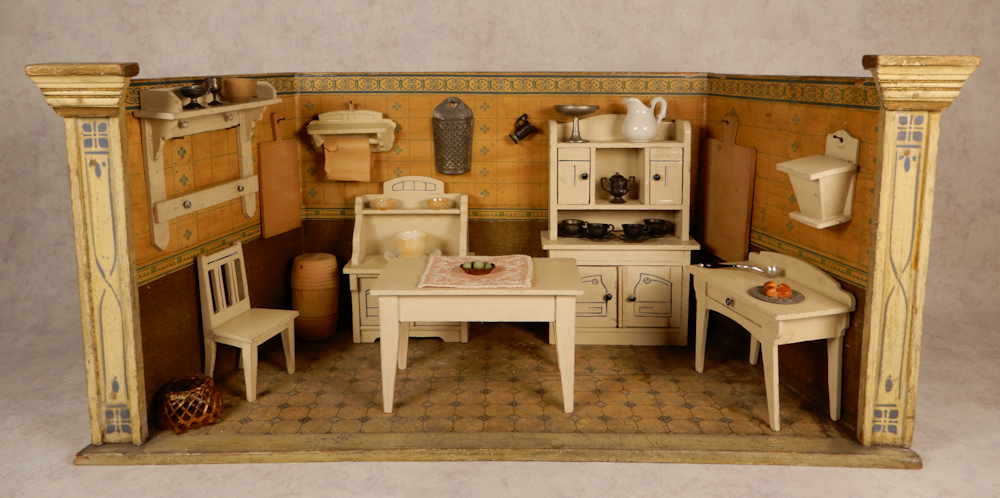 Antique Dollhouse Furniture, Pictures Of Dollhouse Furniture